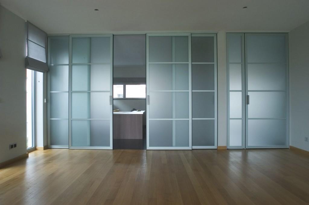 ประตูกระจก-2